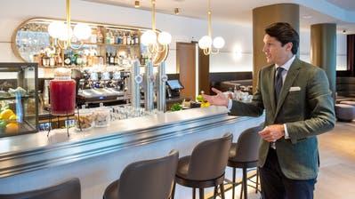 Reto Candrian, Betreiber des Hotels Walhalla in St.Gallen, bei der Neueröffnung Ende September. (Bild: Urs Bucher)