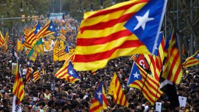 Ausschreitungen bei Generalstreik mit Hunderttausenden in Barcelona