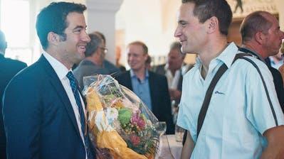 Der wieder gewählte Ausserrhoder Ständerat Andrea Caroni (FDP) und sein SVP-Herausforderer Reto Sonderegger (SVP). (Bild: dsc)