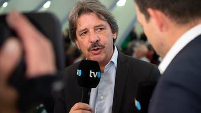 Paul Rechsteiner gibt Tele Ostschweiz ein Interview nach dem ersten Wahlgang vom Sonntag. (Bild: Ralph Ribi)