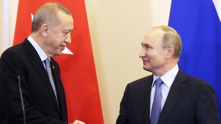 Die USA spielen in Nordsyrien endgültig keine Rolle mehr – Russland übernimmt die Kontrolle
