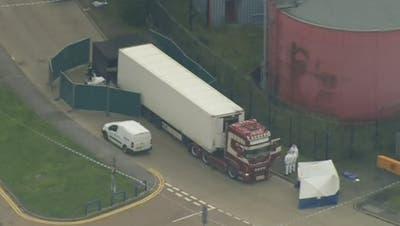 Polizei findet 39 Tote in Lastwagen-Container nahe London – der kam aus Bulgarien
