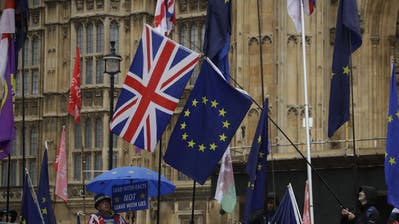 Das Tauziehen um den britischen EU-Austritt geht weiter. (Bild: Matt Bunham/AP, London, 24. Oktober 2019)