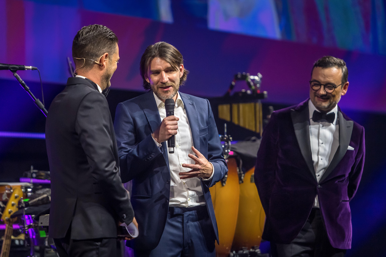 «Zelli» gewann die Publikumswahl hauchdünn vor Tranquillo Barnetta und Ivan Zamorano. (Bild: Michel Canonica)
