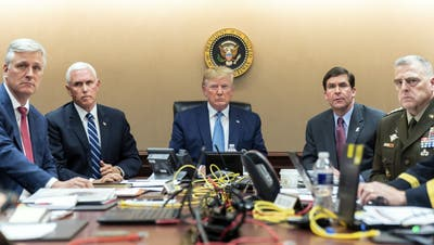 Verfolgt Trump hier die Jagd auf Al Baghdadi? (Bild: Keystone (26. Oktober 2019))