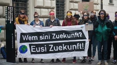 Die Klimastreikshätten gezeigt, dass die Jugend politisch ist und mitbestimmen will, findet der Grüne Kantonsrat Samuel Zbinden. (Bild: PD, Luzern, 25. März 2019)