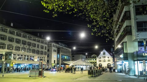 Der Marktplatz im Herzen der Stadt soll neu gestaltet werden: Das wollen der Stadtrat und das Stadtparlament. (Bild: Michel Canonica)