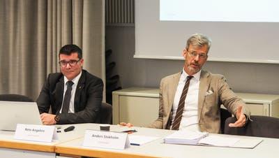 Finanzchef Reto Angehrn und Stadtpräsident Anders Stokholmgeben über die Frauenfelder Finanzlage Auskunft. (Bild: PD)