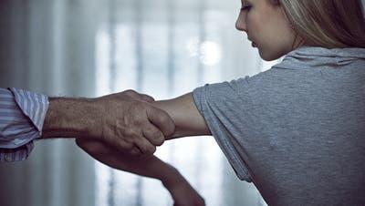 Prozess gegen 44-Jährigen im Toggenburg: «Die Ehefrau wie eine Sklavin gehalten»