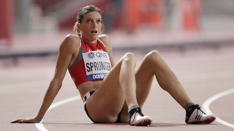 Lea Sprunger nach ihrem Vorlauf an der WM wieder optimistischer. (Bild: Petr David Josek/AP, Doha, 1.10.2019)