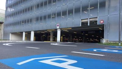Die Einfahrt zum Mall-Parkhaus. (Bild: hor, Ebikon, 11. November 2019)