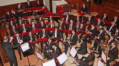 Thomas Fischer dirigiert die Frauenfelder Stadtmusikanten. (Bild: PD)