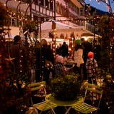 Über das ganze Toggenburg verteilt finden in den kommenden Wochen jede Menge Märkte statt. Hier ein Bild des Weihnachtsmarkts in Lichtensteig. (Bild: Sascha Erni)