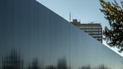 Das Luzerner Kantonsspital, das grösste Unternehmen in der Zentralschweiz, und die Luzerner Psychiatrie sollen eine AG werden. (Bild: Pius Amrein)