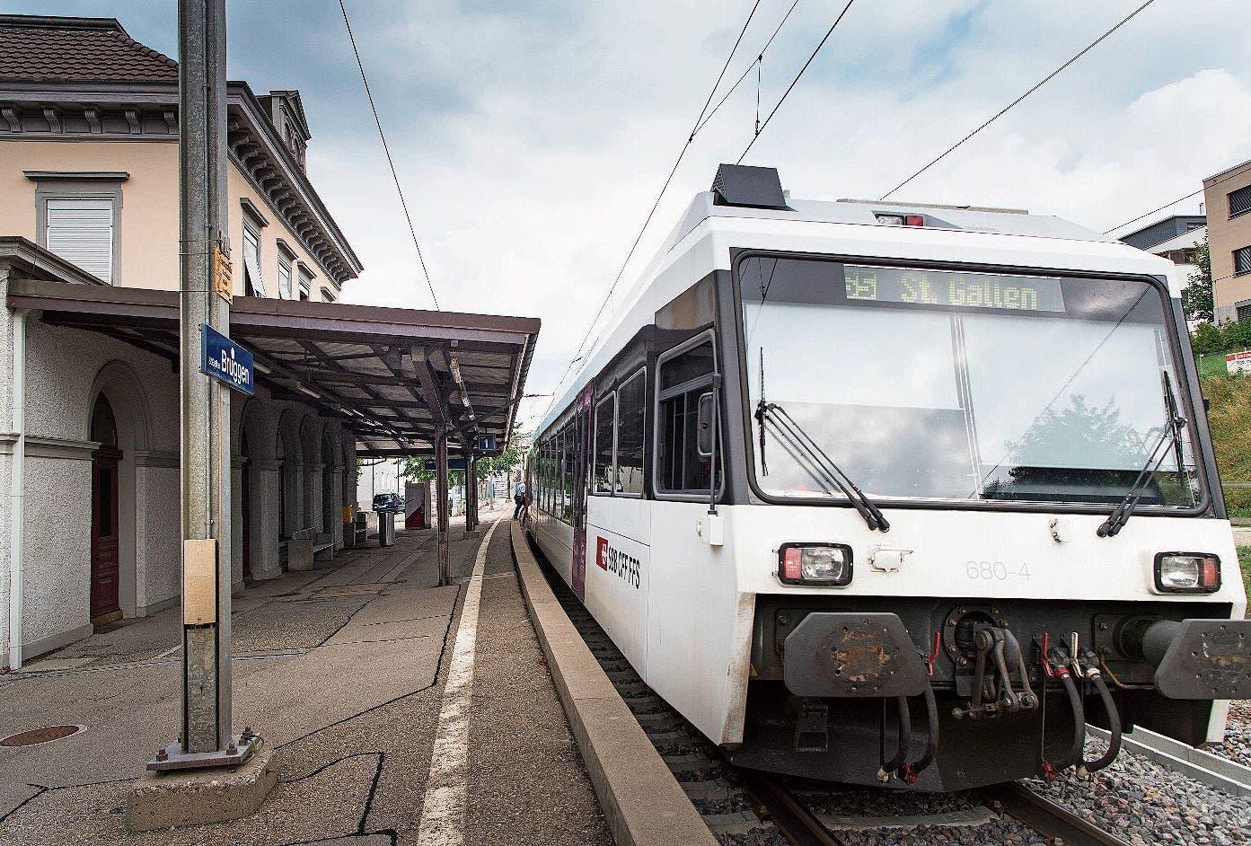 Bahnhof Haggen: Der «Konstanzer» fährt hier durch. Bild: Thomas Hary (3. September 2018)