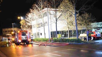 In der Nacht auf Mittwoch wurde in den technischen Betrieben ein Brand gelegt. Dabei entstand vor allem Russschaden. (Bild: Kapo SG)