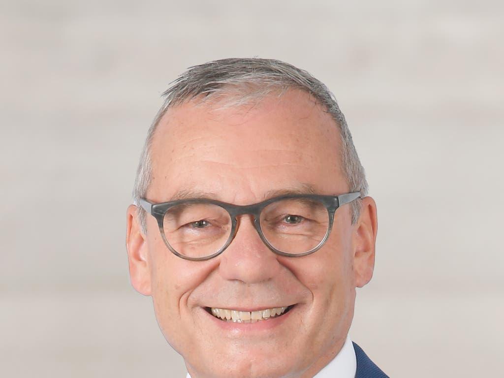 Die Zürcherinnen und Zürcher schicken ihn für weitere vier Jahre nach Bern: Ruedi Noser (FDP). Seine Konkurrentin Marionna Schlatter (Grüne) hatte keine Chance gegen ihn. (Bild: KEYSTONE/PARTEI)