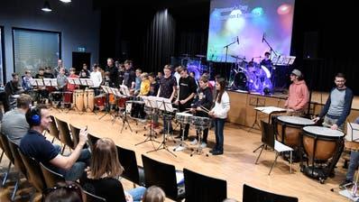 Das Percussionensemble der Musikschule Werdenberg bei einer seiner rhythmischen Darbietungen. (Bilder: Hansruedi Rohrer)