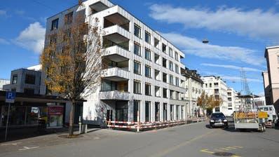 Die neue Überbauung der Raiffeisen Pensionskasse beim Bahnhof Romanshorn: Migrolino kommt ins Erdgeschoss. Bild: Annina Flaig
