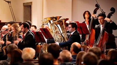 Die Stadtmusik in der evangelischen Stadtkirche. (Bild: Andreas Taverner)