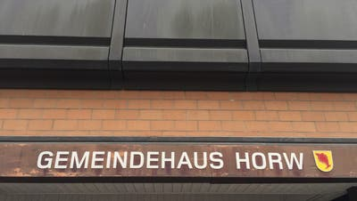 Der Eingang zum Horwer Gemeindehaus. (Bild: hor)