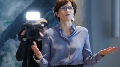 Regula Rytz steht bereit: Jetzt entscheidet die Fraktion, ob sie Bundesratskandidatin wird. (Bild: KEY)