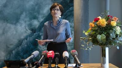 «Ich bin bereit»: Regula Rytz, Parteipräsidentin Grünen, spricht während der Medienkonferenz anlässlich der Bekanntgabe ihrer Bundesratskandidatur. (Bild: Peter Klaunzer/Keystone, Bern 21. November 2019)