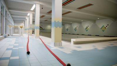 Das alte Schwimmbad Engelberg während einer Revision. (Bild: Corinne Glanzmann, Engelberg, 5. November 2014)