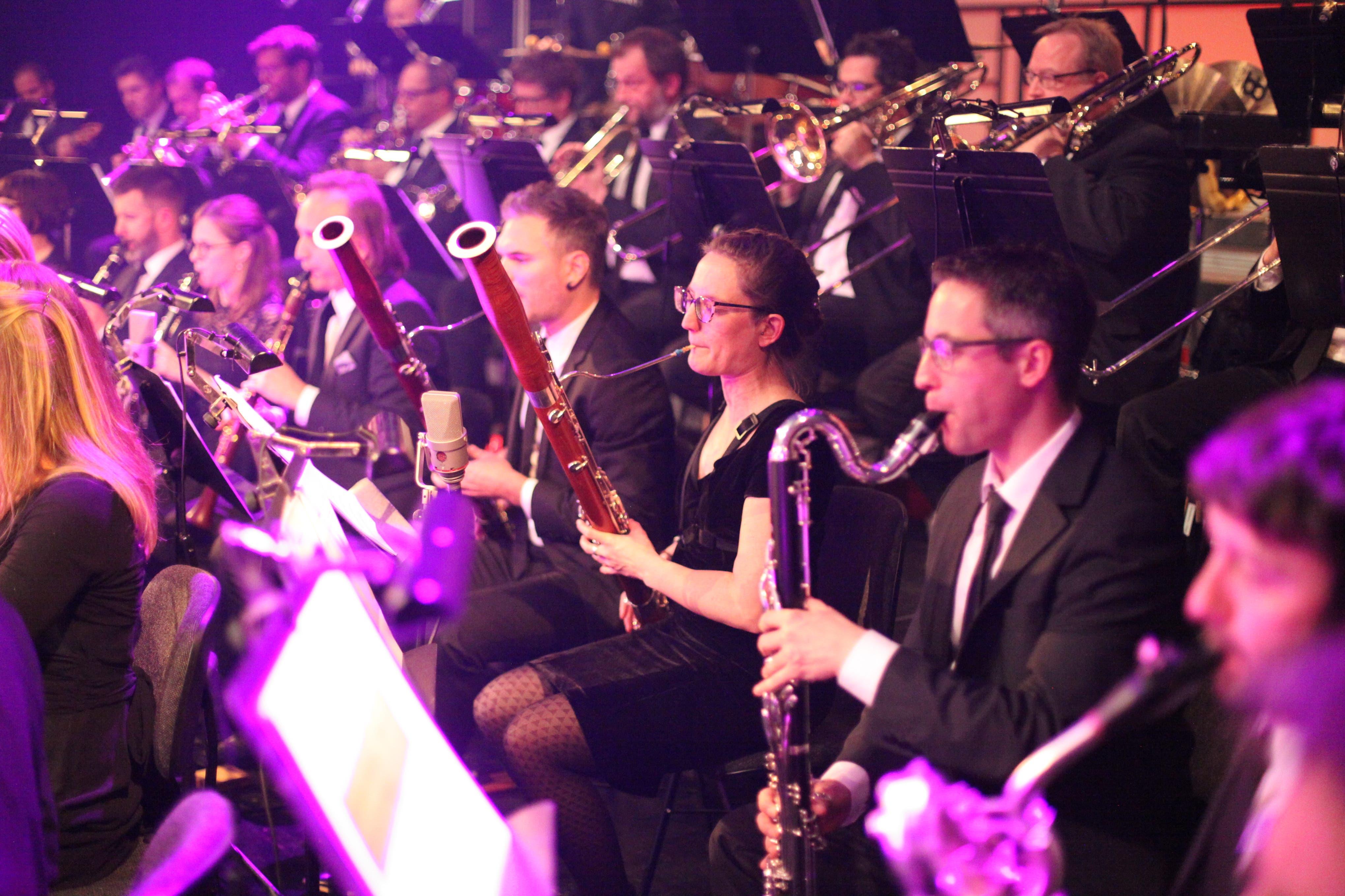 TRiEvent: Bei grossen symphonischen Urner Konzerterlebnis wurde auch mit vielen Lichteffekten gearbeitet. (Bild: Florian Arnold)