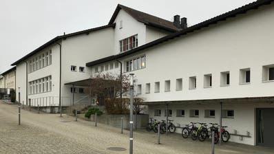 An der Niederbürer Primarschule werden rund 170 Schülerinnen und Schüler unterrichtet. (Bild: Andrea Häusler)