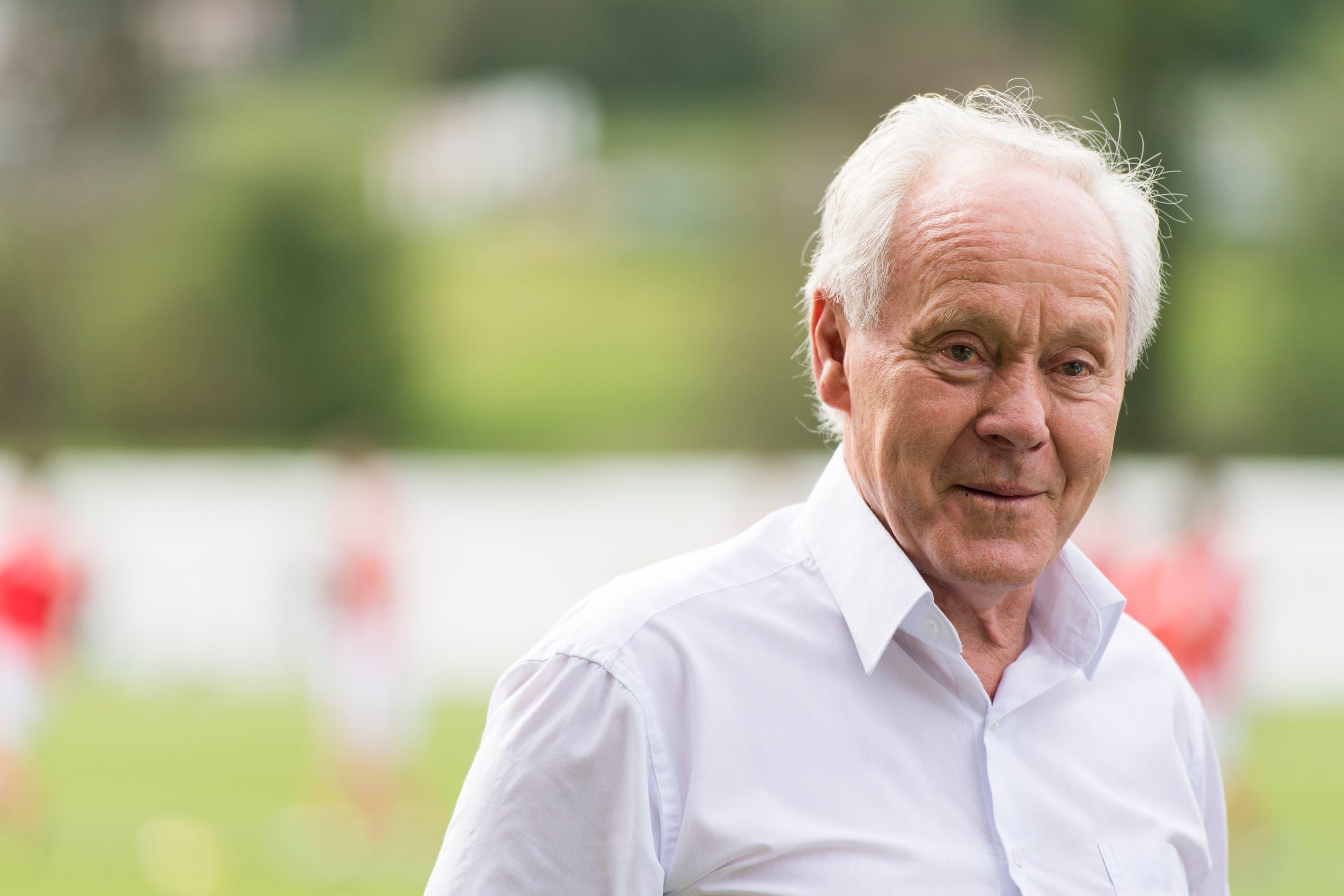 Der frühere Nationaltrainer ist am Dienstag nach langwieriger schwerer Krankheit verstorben. (Bild: Keystone/Gian Ehrenzeller, Ilanz, 26. Mai 2016)