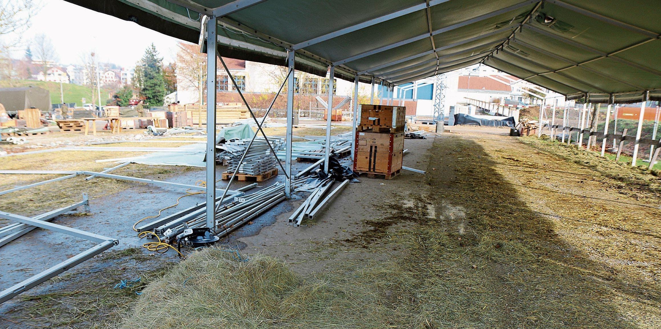 Die Stallungen in Bazenheid wurden bereits am Dienstag abgebaut.