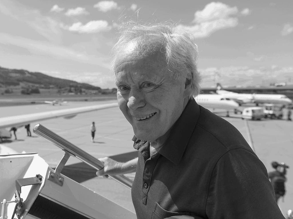 Die Schweiz trauert um Köbi Kuhn: Im Alter von 76 Jahren ist der frühere Nationalcoach gestorben (Bild: Keystone/GEORGIOS KEFALAS)