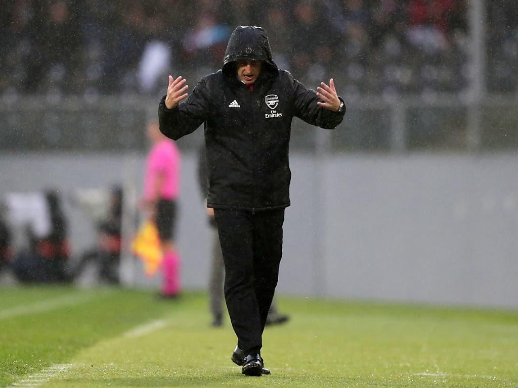 Arsenal-Coach Unai Emery hadert in Guimarães mit seinem Schicksal (Bild: KEYSTONE/EPA LUSA/ESTELA SILVA)