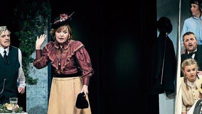 Mit dem Stück «Die Heiratsvermittlerin» zeigt das Chössi-Theater erstmals eine Komödie als Eigenproduktion. (Bild: PD)