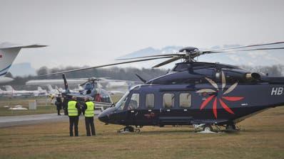 Auf dem Flugplatz St.Gallen-Altenrhein sollen künftig weniger Helikopter starten und landen. (Symbolbild: Ralph Ribi)
