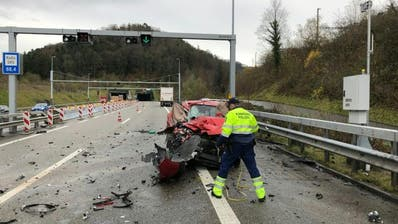 Schwerer Unfall auf A3: Eine Frau und zwei Männer wurden getötet