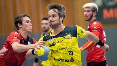 Auf St.Otmar und Spielertrainer Bo Spellerberg wartet eine unkonventionelle Abwehrformation. (Bild: Ralph Ribi)