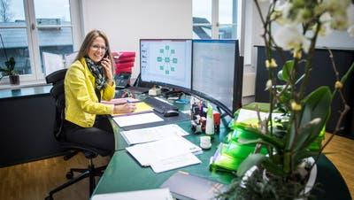 Die Märstetter Gemeindepräsidentin Susanne Vaccari-Ruch in ihrem aufgeräumten Büro. (Reto Martin)