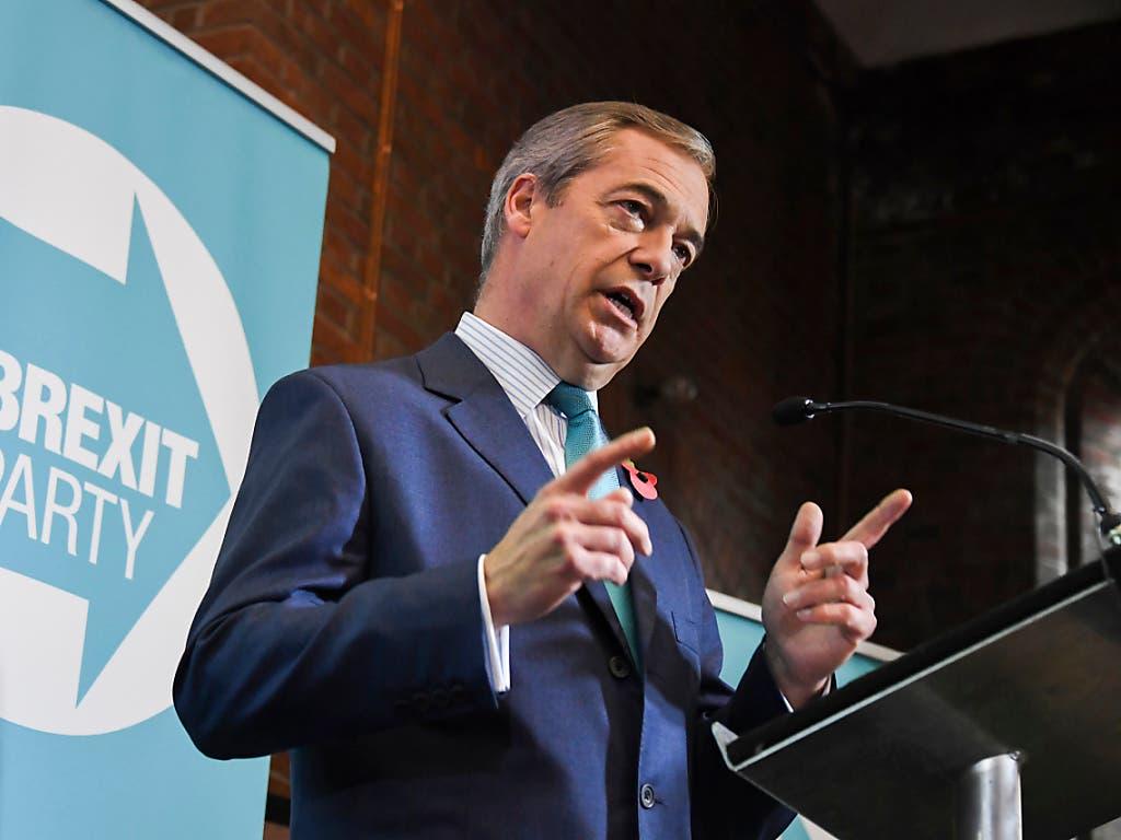 Der Chef der Brexit-Partei, Nigel Farage, tritt bei den Wahlen nicht als Kandidat an. (Bild: KEYSTONE/AP/ALBERTO PEZZALI)