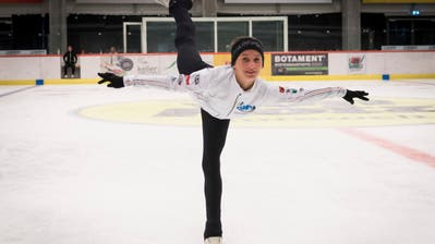 Die 13-jährige Carla Scherrer trainiert beim Eislaufclub Wil. (Bild: Lisa Jenny)