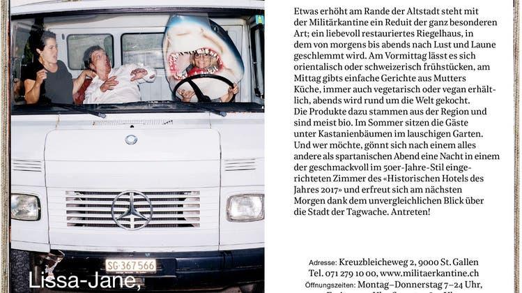 """Restaurantführer, Gutscheinbuch und Bildband in einem: Die Fotos des Zürcher Fotografen Basil Stücheli machen """"Essen gehn!"""" zum Hingucker. (Bild: pd)"""