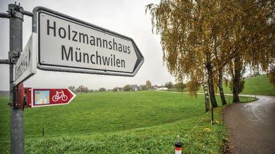 Politisch gehört der Weiler Holzmannshaus zu Münchwilen, seine Kinder gehen jedoch in Eschlikon zur Schule. (Bild: Olaf Kühne)
