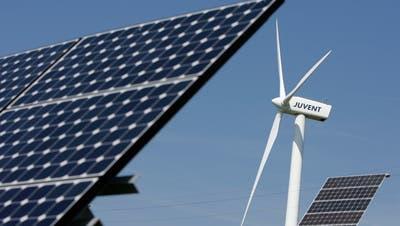 Ausserrhoden ist laut Klimagruppe AR prädestiniert für Windkraft- und Fotovoltaikanlagen. (Bild: Peter Klaunzer, KEYSTONE)