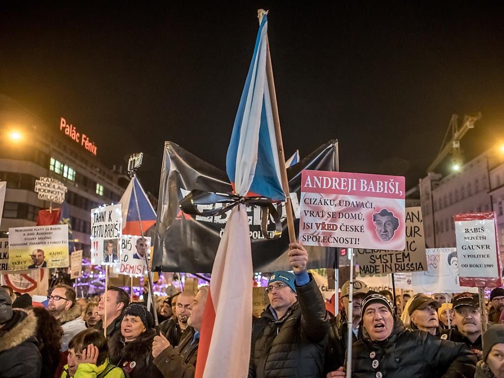 Proteste gegen Regierungschef Andrej Babis in Prag.