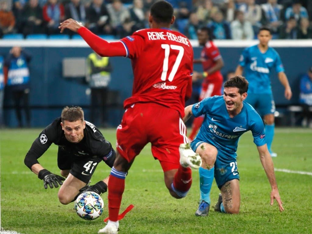 Spannend geht es auch in der Gruppe G zu und her, in der entweder Lyon oder Zenit St. Petersburg den RB Leipzig in die K.o.-Runde begleiten werden. Die Franzosen sind mit einem Heimsieg gegen die Deutschen sicher durch und zudem Gruppensieger