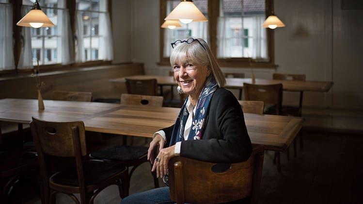 Gastronomin aus Leidenschaft: Sabine Bertin wirtet im «Rössli» seit 41 Jahren. ((Bild: Benjamin Manser))