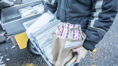 Der Pöstler bringt - wie hier in Bern - das Brot mit der Briefpost. (Bild: PD)