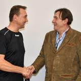 Der neue Trainer Zoltan Cordas (rechts) mit St.Otmars Sportchef Andy Dittert (Bild: Stefan Risi)
