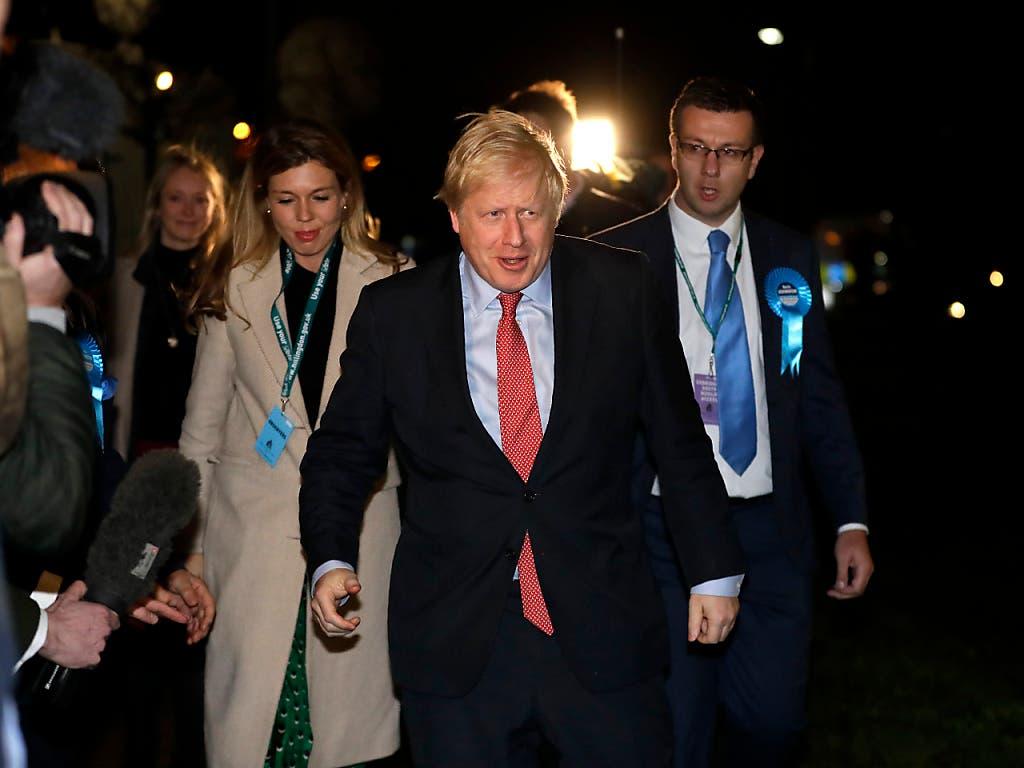 «Starkes neues Mandat für Brexit»: Der britische Premierminister Boris Johnson hat mit seiner Konservativen Partei einen klaren Sieg aus der Parlamentswahl davongetragen.